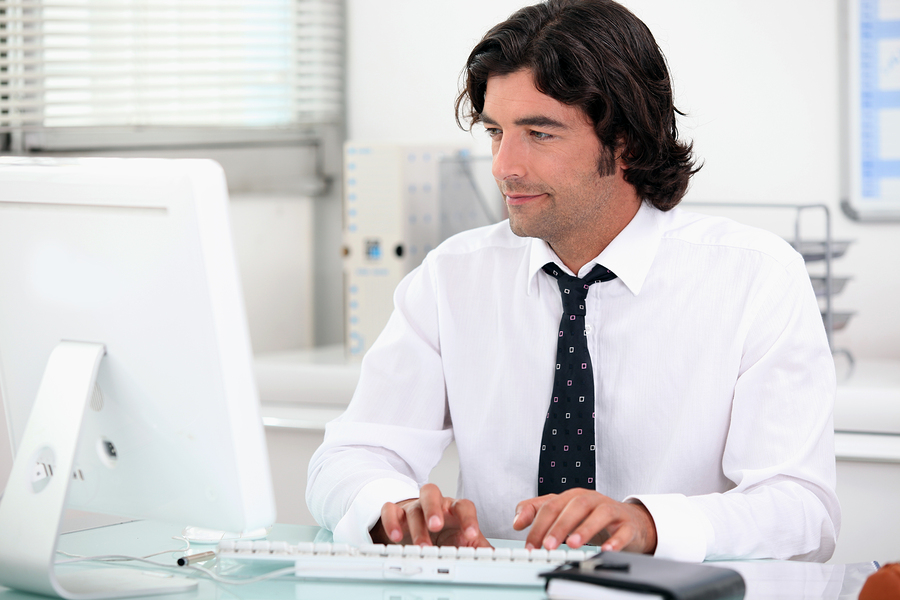 Commis de bureau responsable administratif réceptionniste